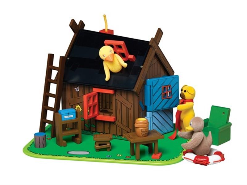 Ubrugte Bamses hus i træ med figurerne Bamse, Kylling og Ælling - Spillehulen GS-28