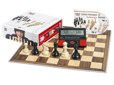 Chess trainer with DGT 960 Chess Clock